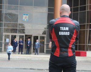 Alege Team Guard!